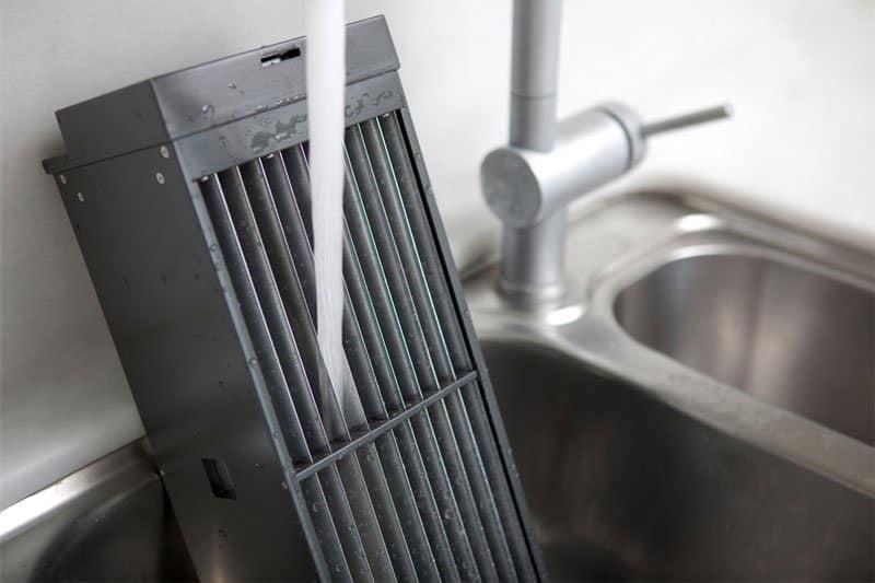Washing an air purifier filter